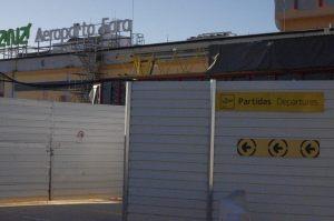 Flughafenterminal Faro im Bau