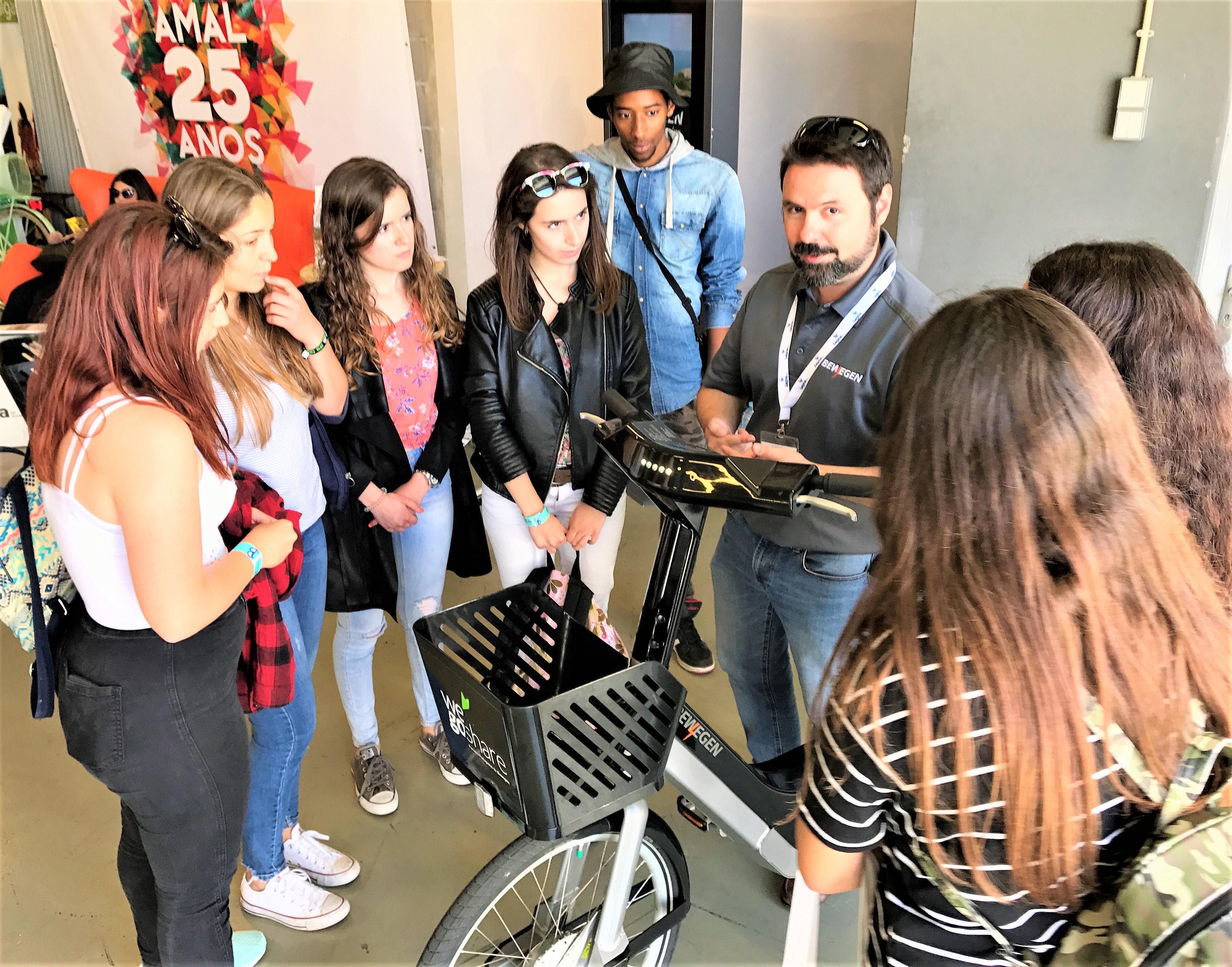 Elektrofahrräder standen im Publikumsinteresse auf dem Smart Region Summit der Algarve