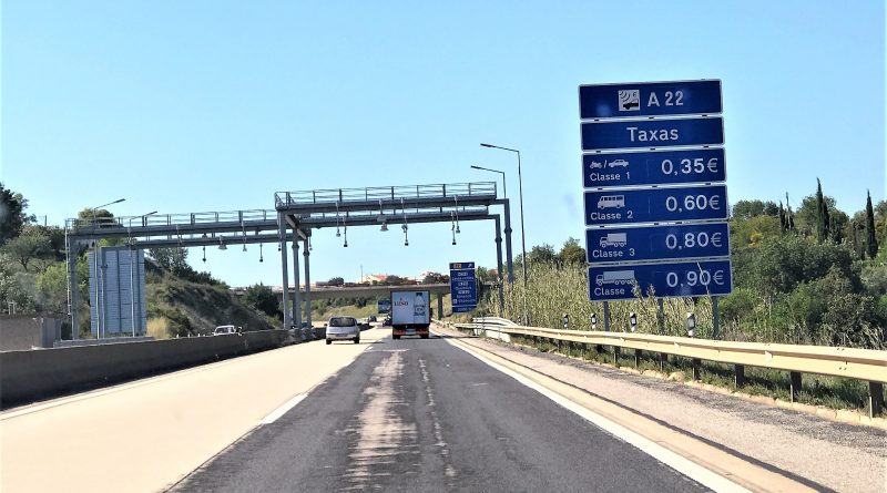 Maut-System auf Algarve-Autobahn A22 in Portugal
