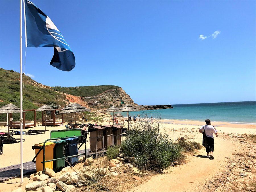 Ausgezeichnete Bade-Strände der Algarve, hier Cabanas Velhas