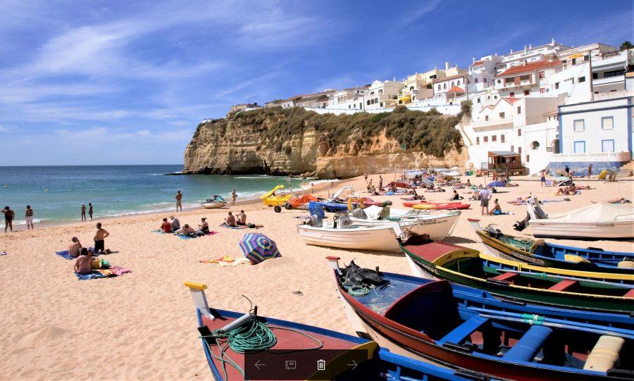 Beachcams an Algarve-Stränden wie Carvoeiro