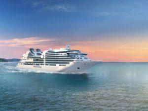 Kreuzfahrt-Passagiere der Seabourn Ovation kommen an die Algarve