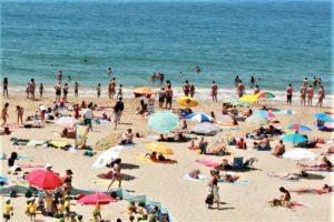 Algarve-Hitze erfordert vor allem am Strand guten Sonnenschutz