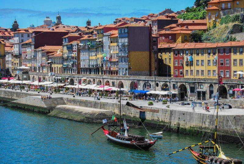 Zweitwohnsitze in Portugal gibt es meistens an der Algarve, in Lissabon und Porto