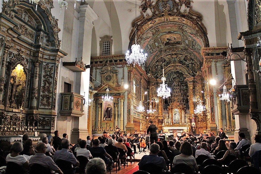 Chor und Klassik-Orchester des portugiesischen Südens präsentieren sich gemeinsam in Tavira