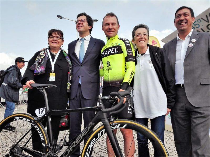 Algarve-Rundfahrt Volta ao Algarve startete mit Prominenz in Portimao