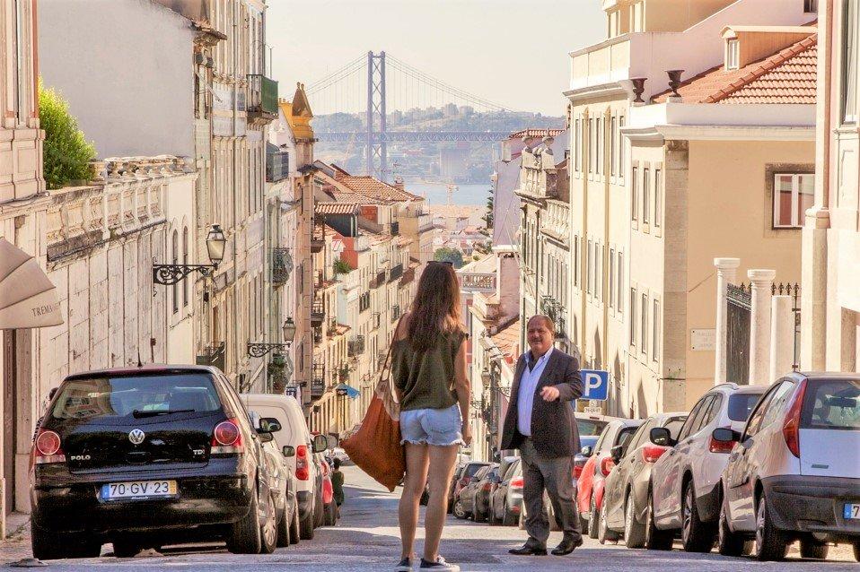 Fado ist in die Handlung der Lissabon-Krimis der ARD mit Jürgen Tarrach und Vidina Popov eingebunden