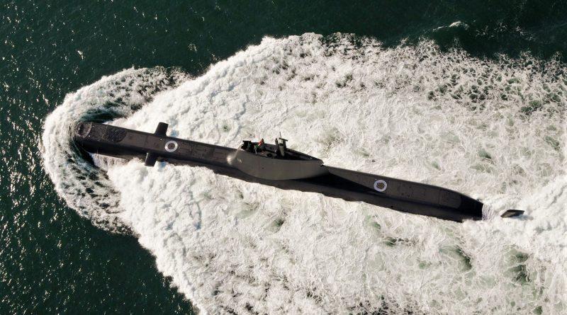 """Jagd-U-Boot """"Tridente"""" aus Portugal spürt im Mittelmeer Schleuser und Migranten auf"""