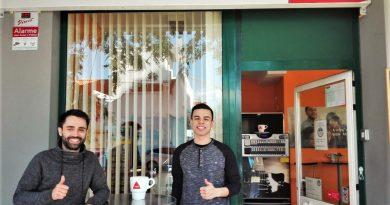 Conquista heißt die neue Snackbar, die in Portimao auch auf Deutsch bedient