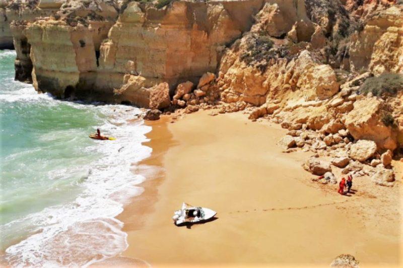 Algarve News zu Rettung von Schwangerer mit Kind und Mann in Albufeira