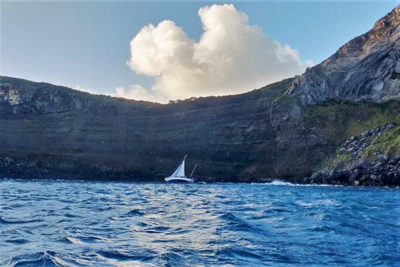 Algarve News über gestrandete deutsche Segler auf den Azoren
