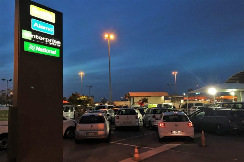 Mietwagen-Kunden setzen Faro auf die dritte Stelle ihr liebsten Anmiet-Orte