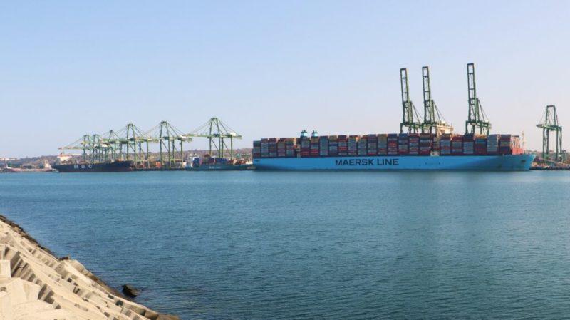 Ausbau in Sines für riesige Containerschiffe wie die Milan Maersk