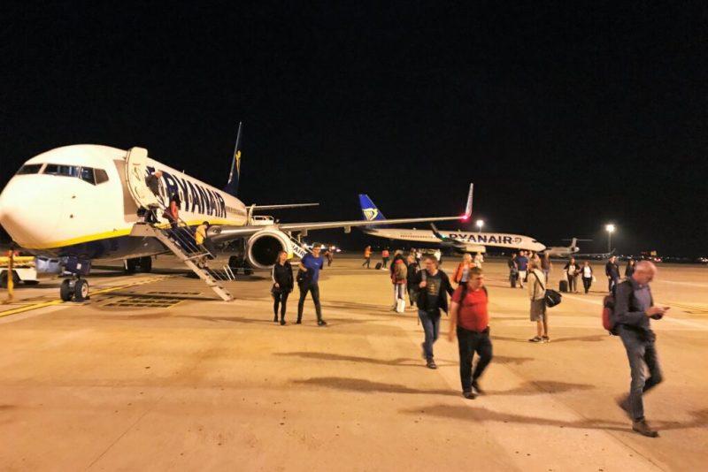 Airport-Werbung von Faro erzürnt Tourismus und Politik