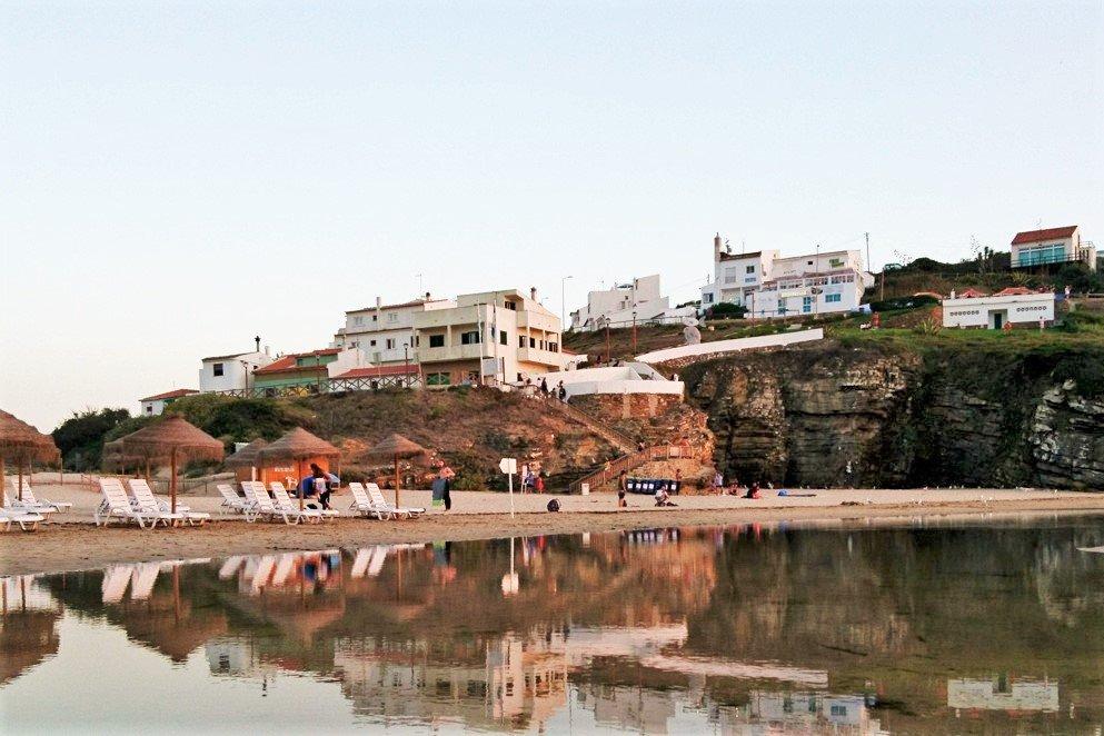 Algarve News zu Verbesserung des Strandzugangs am Praia de Odeceixe in Aljezur