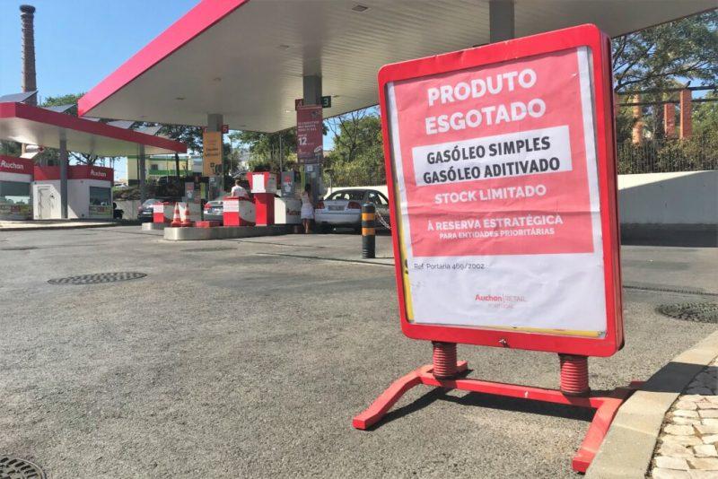 Portugal-Verkehr soll durch ein Tankstellen-Netz Mindestversorgung erhalten