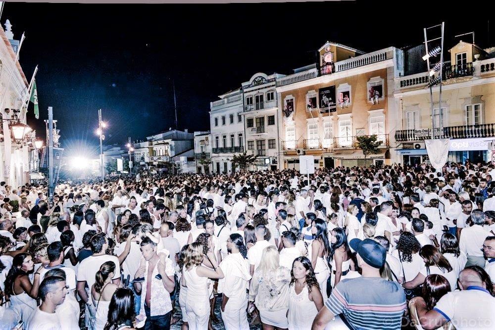 Algarve-August 2019 mit weißer Nacht in Loulé