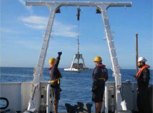 Algarve News zu Marineboot für Sediment-Untersuchung